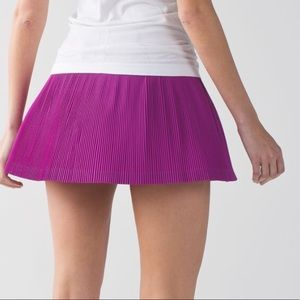 new lululemon skirt Pleat to Street  III size 6
